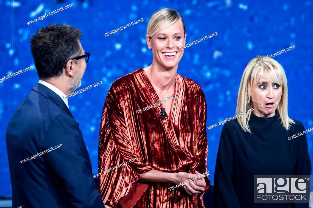 Imagen: Tv conducer Fabio Fazio, swimming champion Federica Pellegrini, Luciana Littizzetto during the tv show ' Che tempo che fa ' Milan, ITALY-29-09-2019.