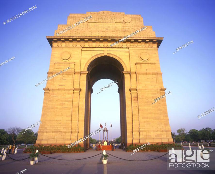 Stock Photo: India Gate Arch, New Delhi, India.