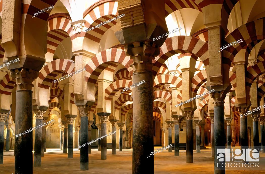 Stock Photo: The Abderramán Hall. . The Mosque. . Cordoba. Spain.