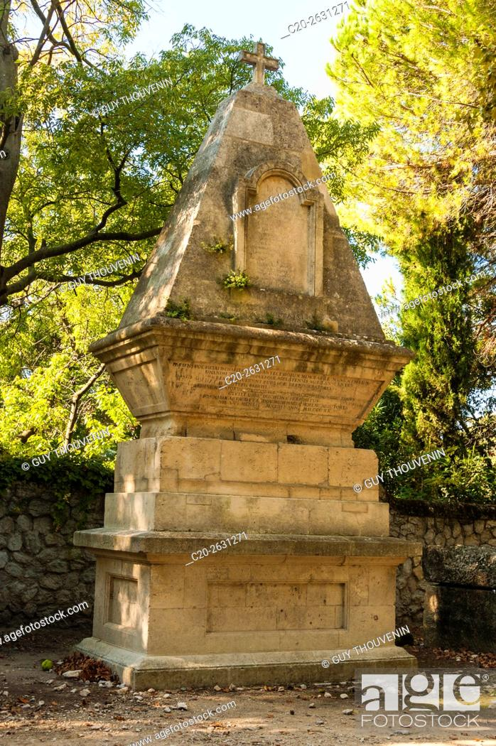 Stock Photo: Funeral monument, Alyscamps, sarcophagi alley, gallo roman period, Arles, 13, Provence, France.