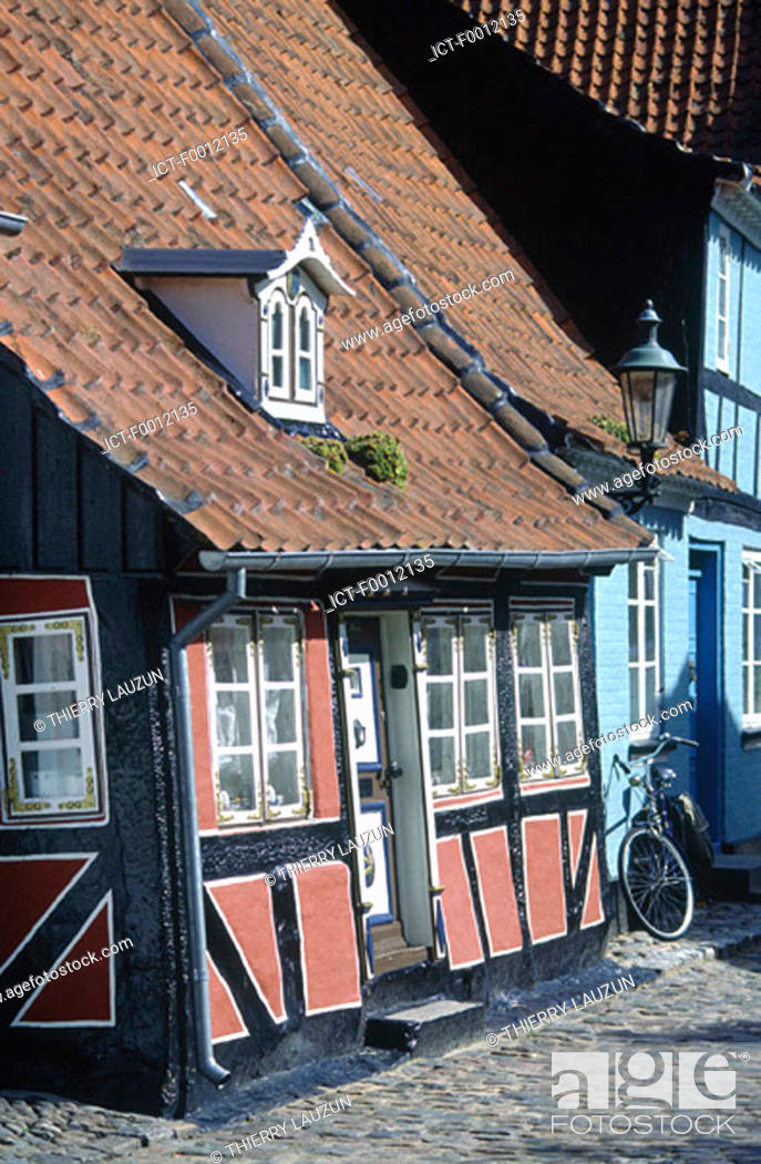 Stock Photo: Denmark, Aero island, Aeroskobing, traditional house.