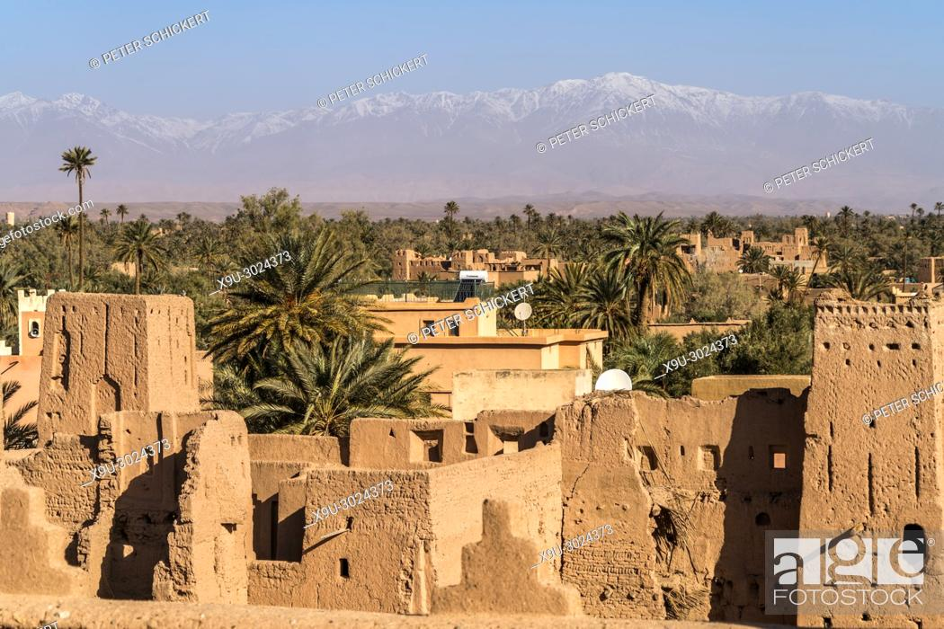Stock Photo: Kasbah Amerhidil or Imridil and date palms of Skoura oasis, Ouarzazate, Kingdom of Morocco, Africa.