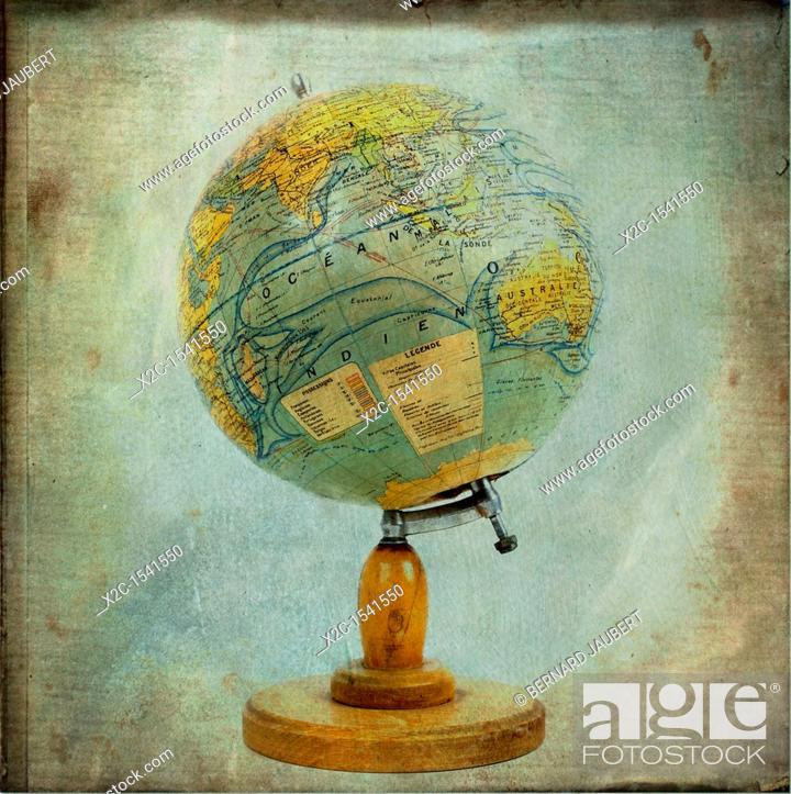 Stock Photo: Old globe.
