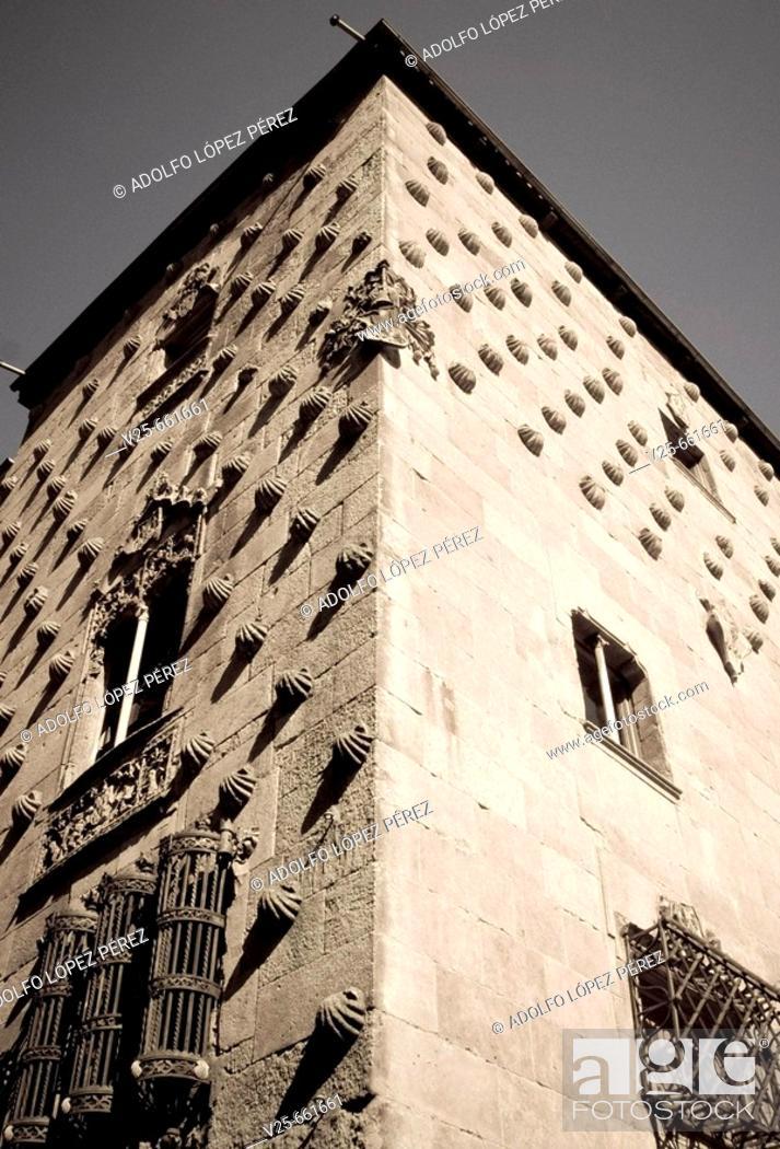 Stock Photo: Casa de las Conchas (House of the Shells, 15th century), Salamanca. Castilla-Leon, Spain.