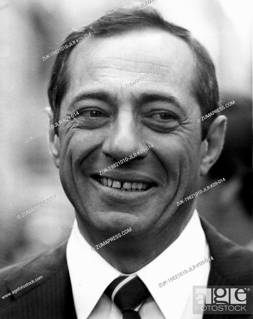 Stock Photo: Oct. 11, 1982 - New York, New York, U.S. - Lt. Governor MARIO CUOMO, the democratic candidate for Governor, during the march up fifth avenue.