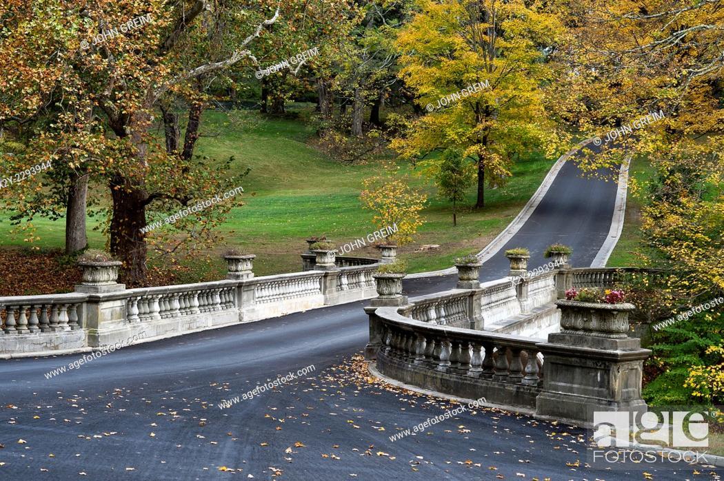 Stock Photo: The White Bridge, Vanderbilt Mansion National Historic Site, Hyde Park, New York, USA.