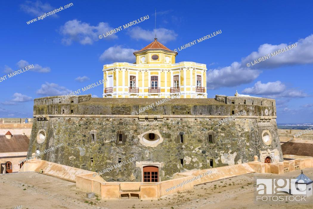 Stock Photo: House of the Governor in Fort of Graca, Garrison Border Town of Elvas and its Fortifications, Portalegre District, Alentejo Region, Portugal, Europe.