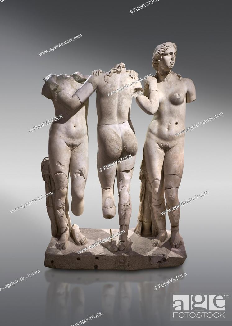 Imagen: Roman statue of The Three Graces. Marble. Perge. 2nd century AD. Inv no 17. 29. 81. Antalya Archaeology Museum; Turkey. .