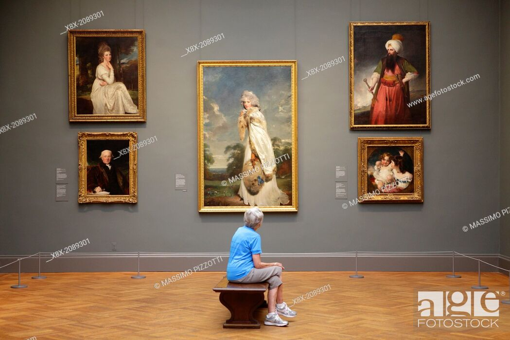 Stock Photo: Visitor at Metropolitan Museum, New York City, USA.