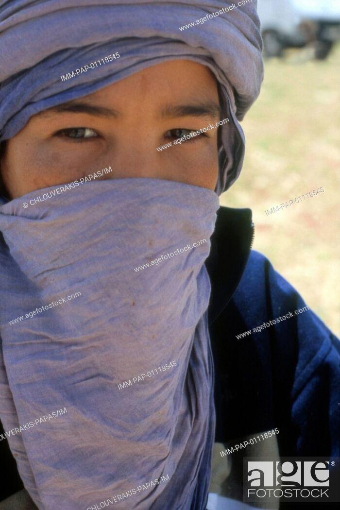 Stock Photo: Young arab, Erg Chebbi , Merzouga, Morocco, Africa.