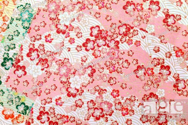 Imagen: Traditional Japanese pattern origami paper.