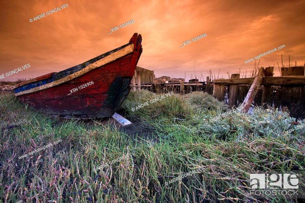 Stock Photo: Boat, Carrasqueira, Portugal.