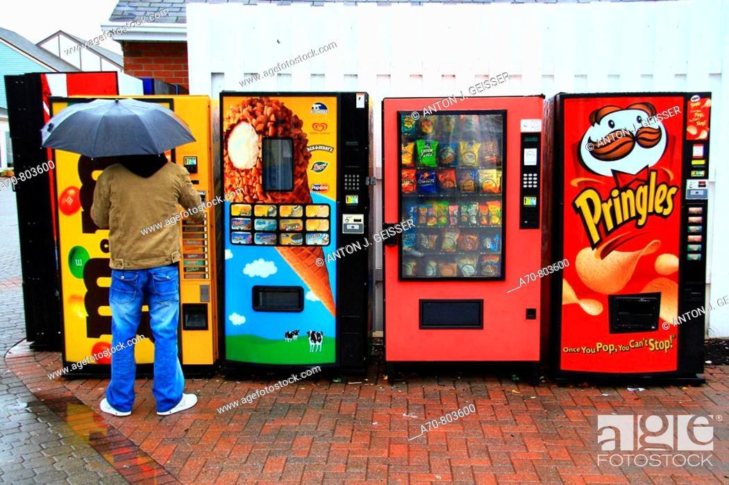 Stock Photo: USA, New York City, vending machines.