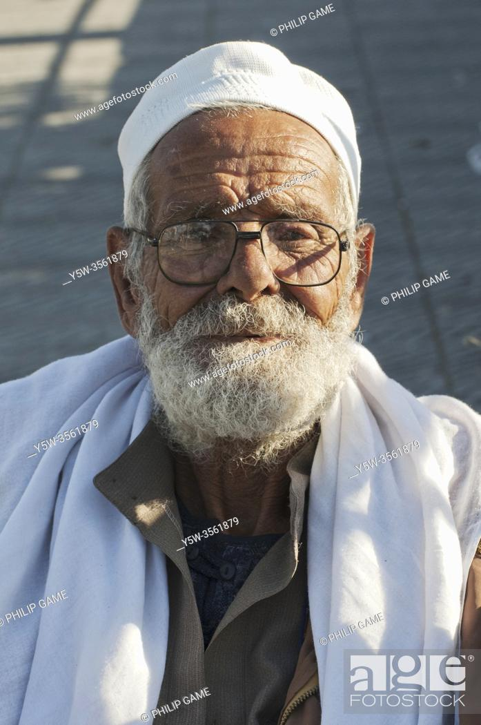 Stock Photo: People of Alexandria, Egypt: an elderly man outside a mosque.