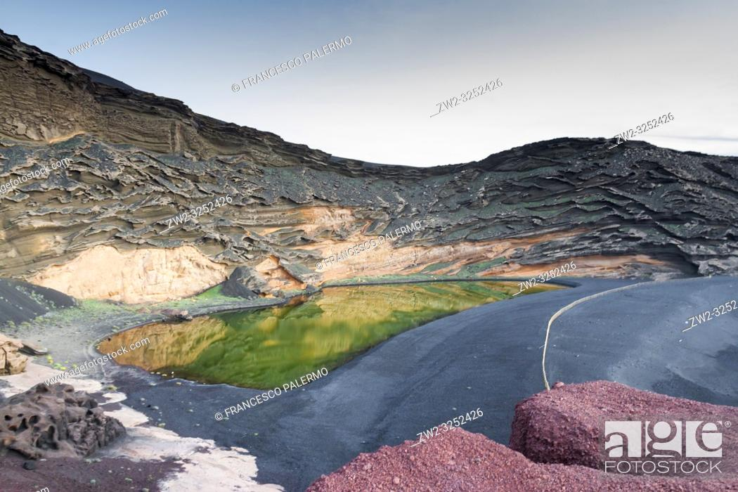 Stock Photo: The spectacular contrast of colors of the green lake. El golfo, Lanzarote. Spain.