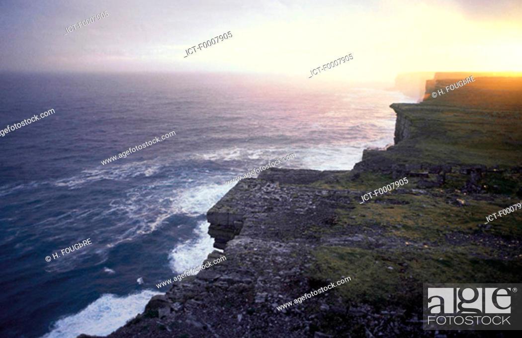 Stock Photo: Ireland, Aran Islands, cliffs.