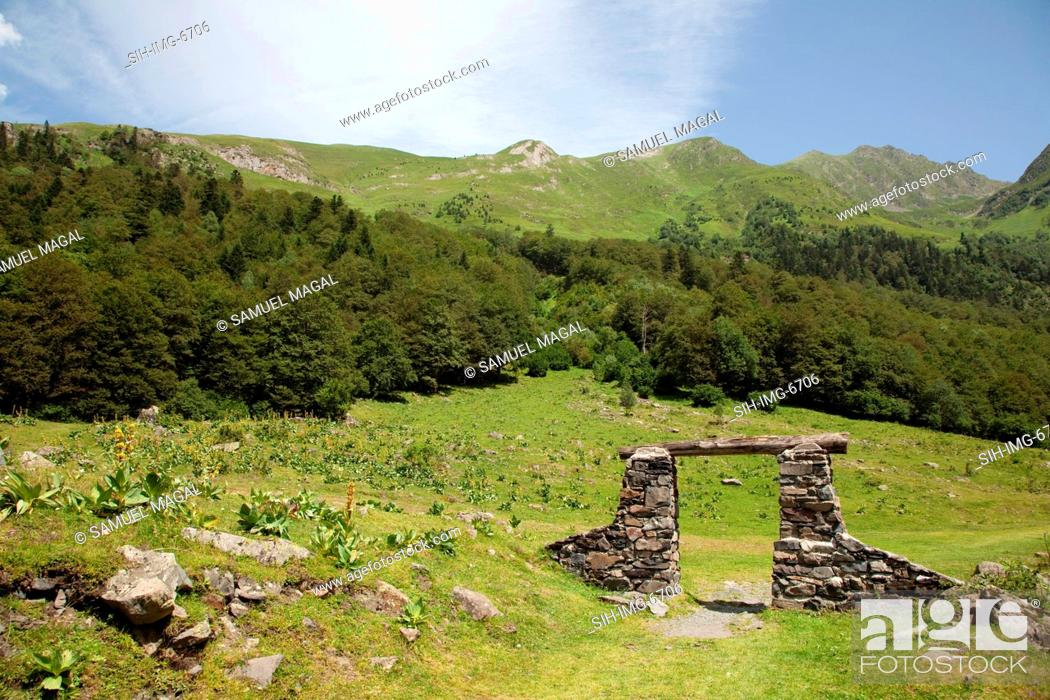 Stock Photo: Europe, Spain, Pyrenees Mountains and Nature.