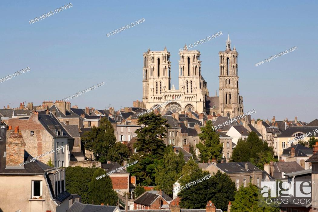 france aisne laon cathedral notre dame built between 1150 and