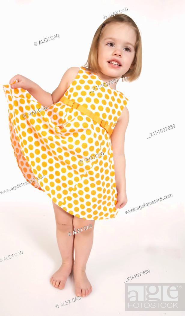 Photo de stock: Portrait of little girl.