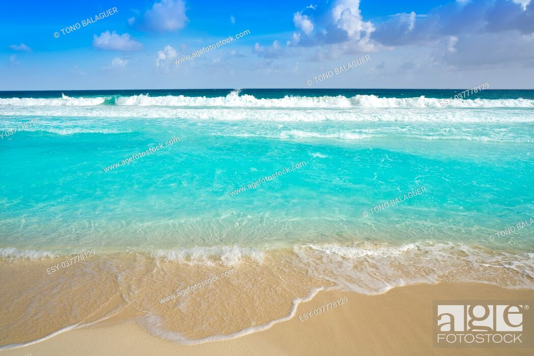 Stock Photo: Caribbean turquoise beach clean waters and white sand.
