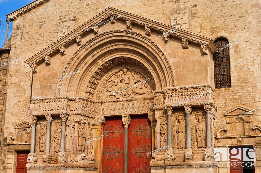 Stock Photo: France, Arles, St Trophime, church, west portal.