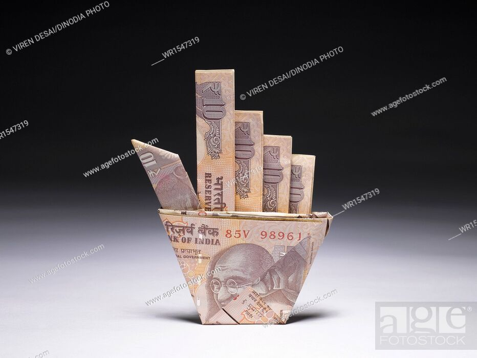 Imagen: origami currency India.