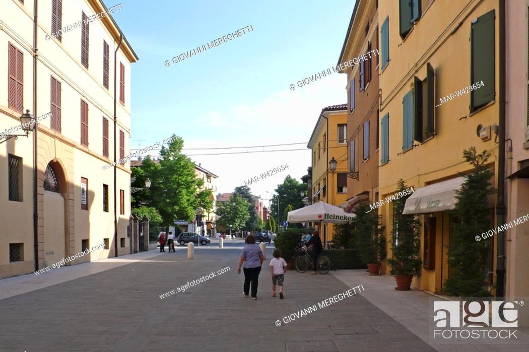 Imagen: centro cittadino, nonantola, emilia romagna, italia.