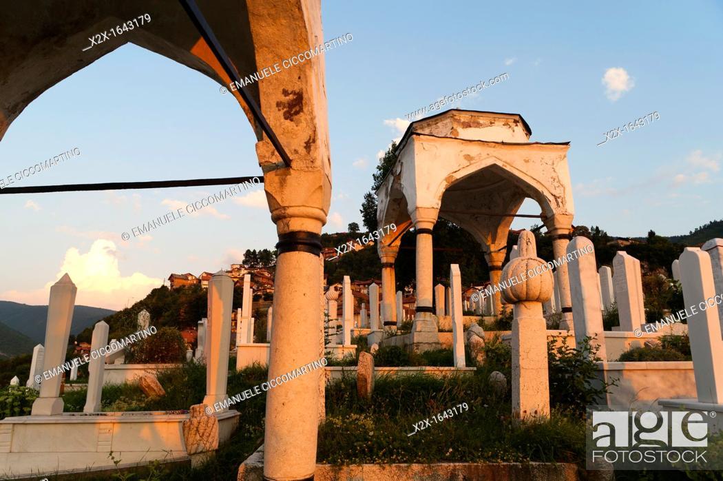 Stock Photo: 'Jusuf vezira Turbe' cemetery, Sarajevo, capital of Bosnia and Herzegovina, Europe.