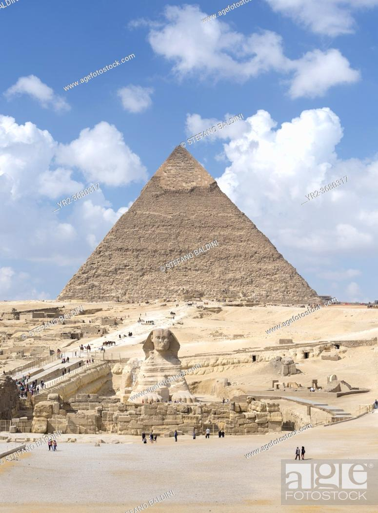 Imagen: The pyramid of Khafre with the Sphinx, Giza, Egypt.