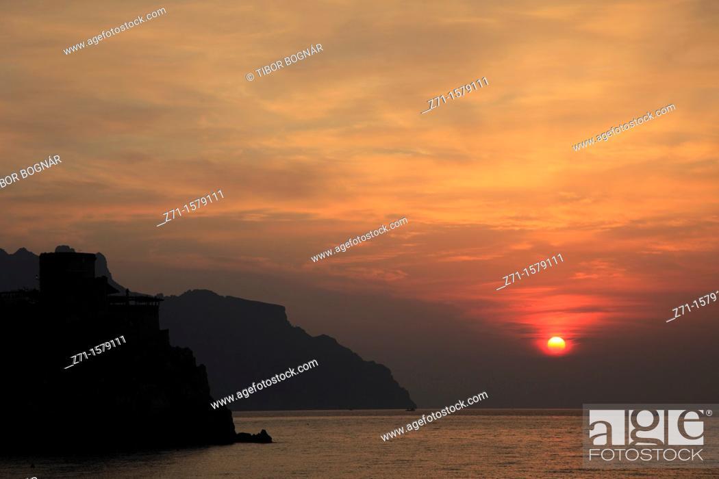 Stock Photo: Italy, Campania, Amalfi Coast, sunrise,.