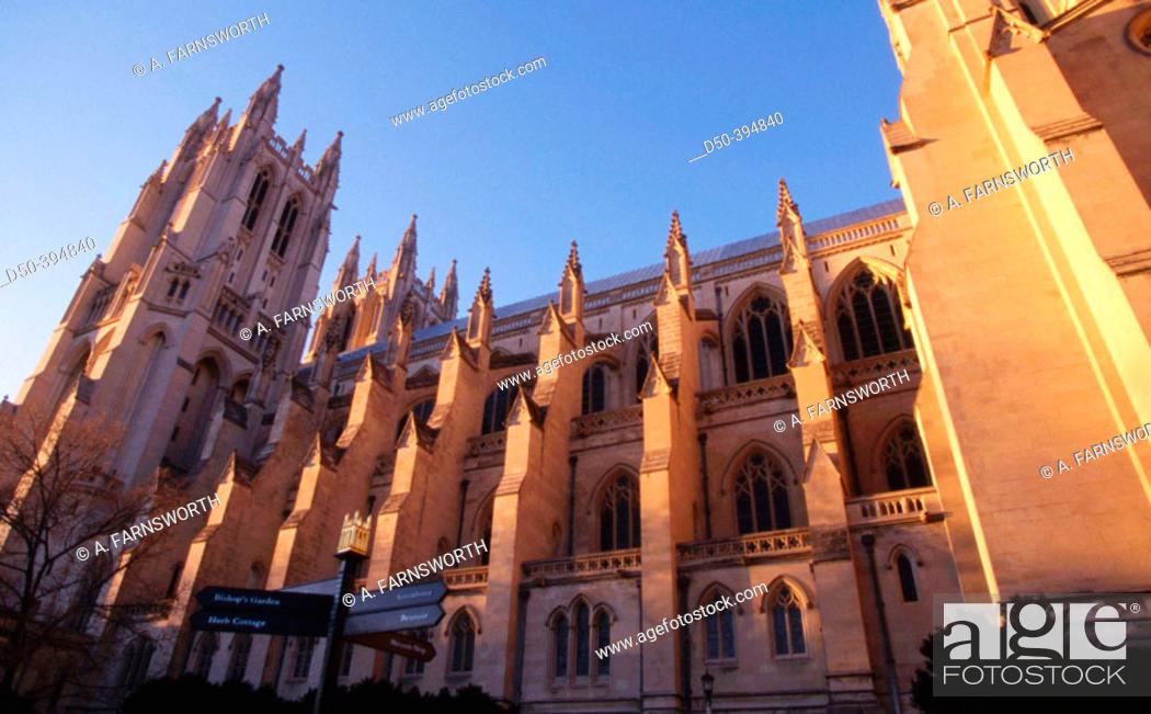 Stock Photo: National Cathedral. Washington DC. USA.
