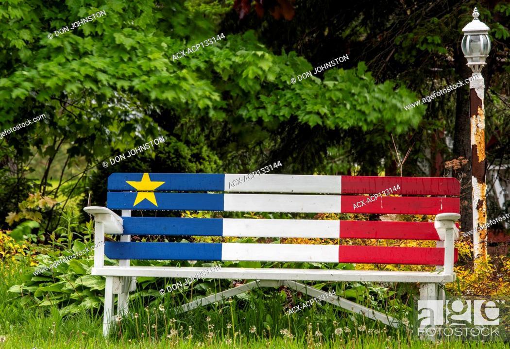 Imagen: Painted Acadian colours, Caraquet, New Brunswick, NB, Canada.