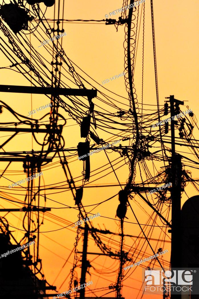Stock Photo: Kyoto (Japan): electric wires mess in Gion.
