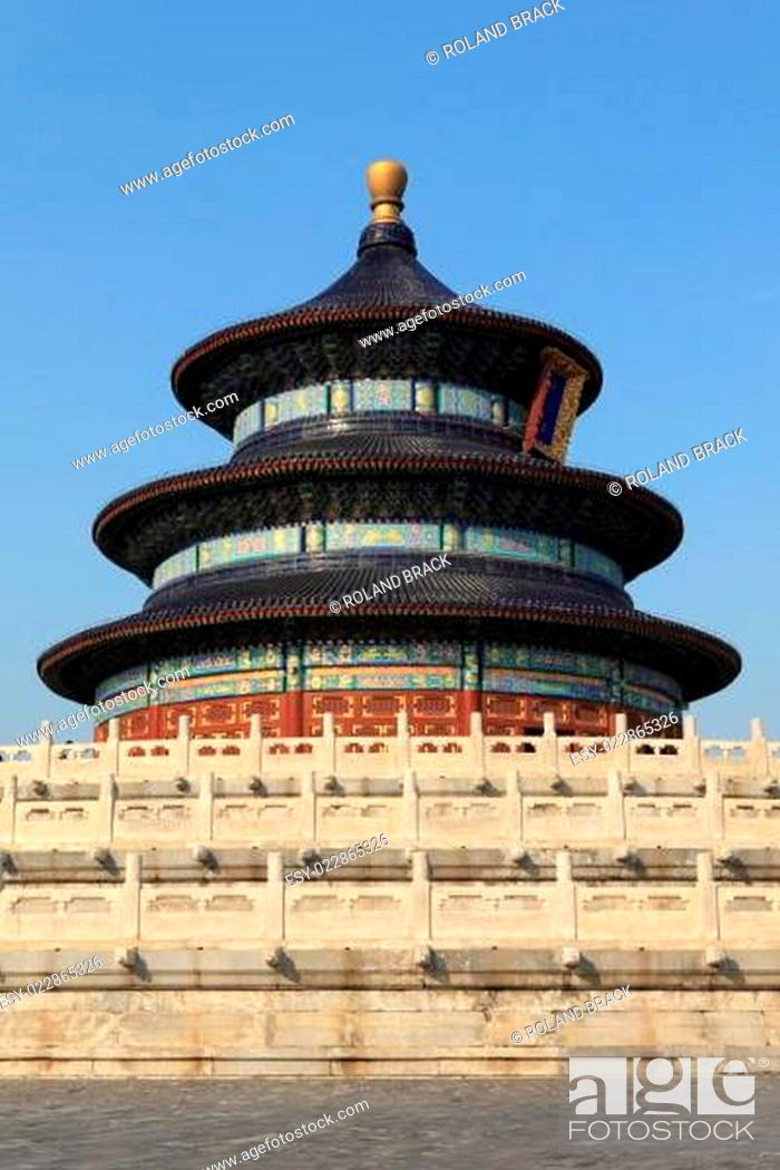Stock Photo: Der Temple of Heaven in Peking China.