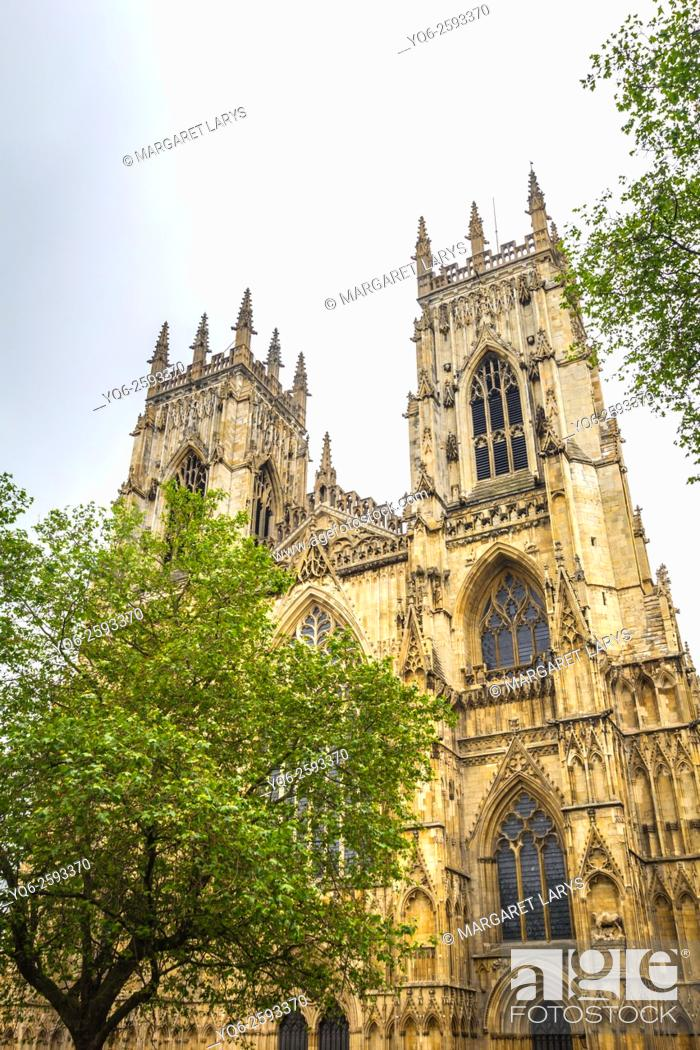 Stock Photo: York Minster cathedral in York, North Yorkshire, England, United Kingdom.