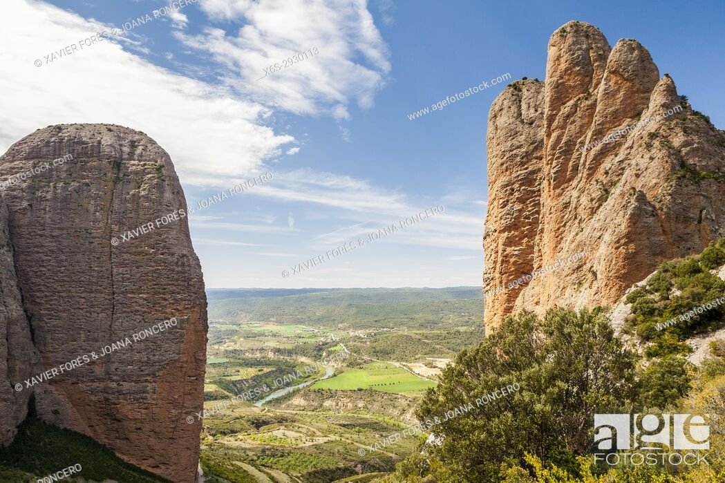 Stock Photo: Mallos de Riglos, Riglos, La Hoya, Huesca, Spain.