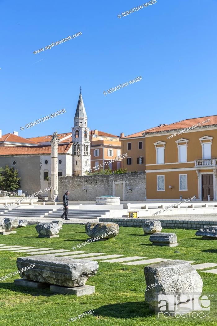 Stock Photo: St. Donatus Church and St. Anastasia Cathedral bell tower, Zadar, Dalmatia, Croatia, Europe.