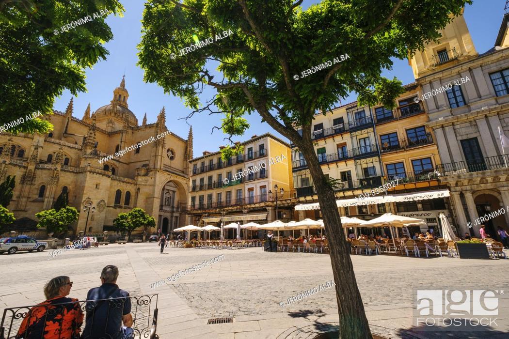 Stock Photo: Plaza Mayor and catedral, Segovia city. Castilla León, Spain Europe.