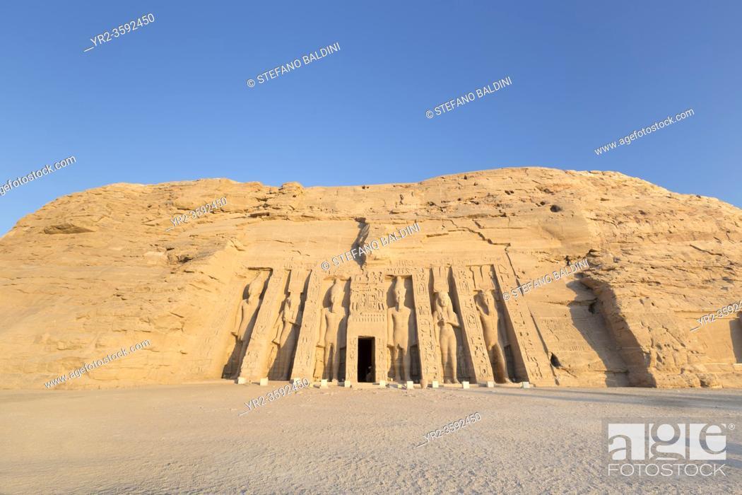 Imagen: Hathor temple of queen Nefertari, Abu Simbel, Egypt.