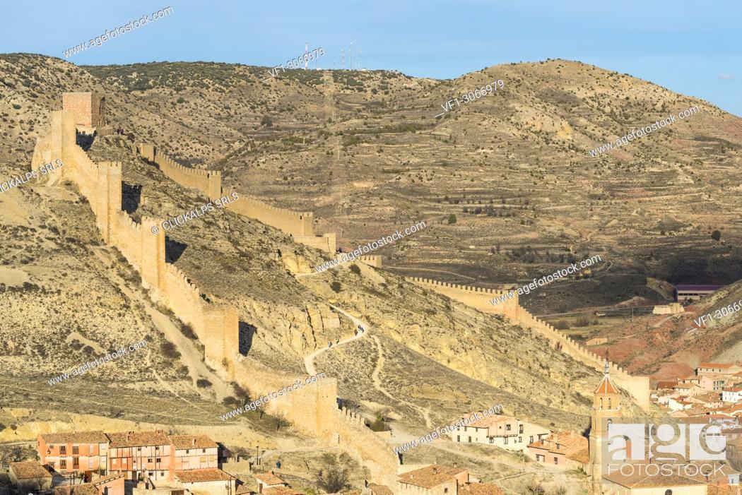 Stock Photo: Medieval walls of Albarracin town. Albarracin, Teruel, Aragon, Spain, Europe.