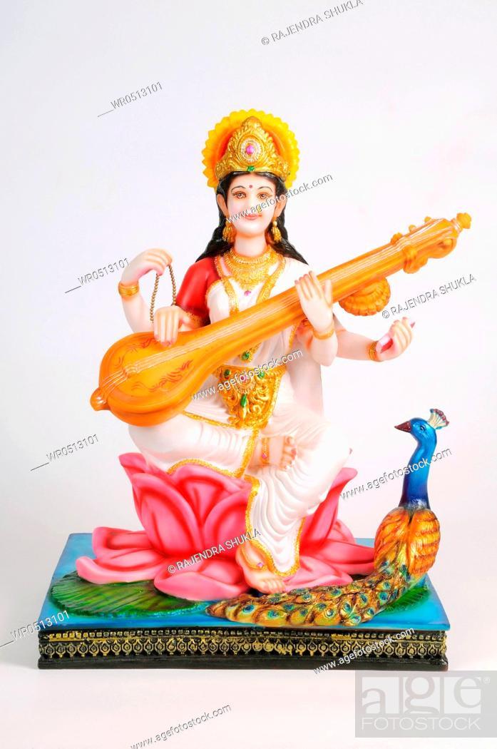 Imagen: Statue of goddess saraswati , India.