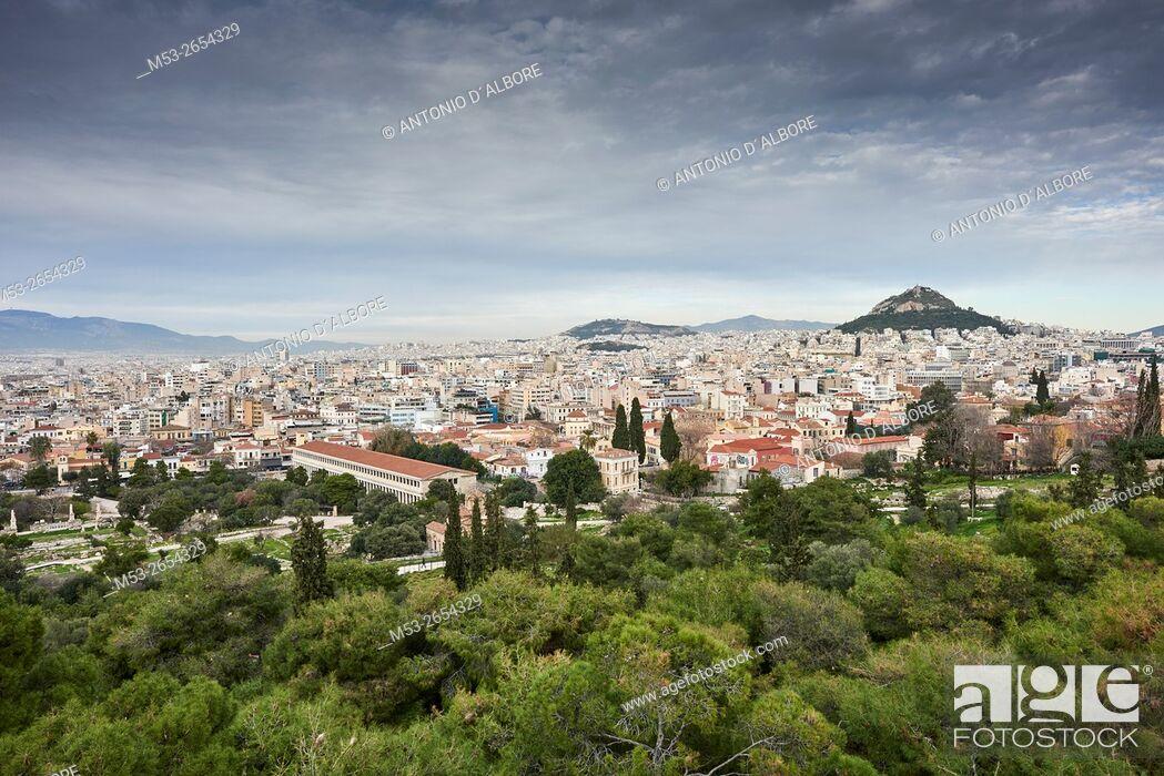 Imagen: Athens cityscape from Filopappou Hill. Athens. Greece.