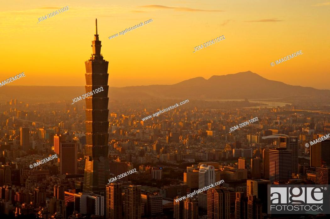 Stock Photo: Taiwan, Taipei, Taipei 101.