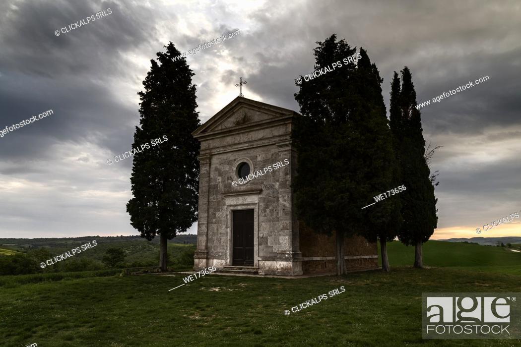 Stock Photo: sunrise on Madonna di Vitaleta's chapel, val d'orcia, siena, Tuscany, italy.