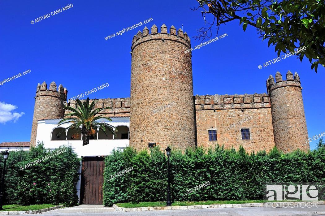 Imagen: Palace of Dukes of Feria, XV-XVIIth centuries. Zafra, Badajoz, Spain.