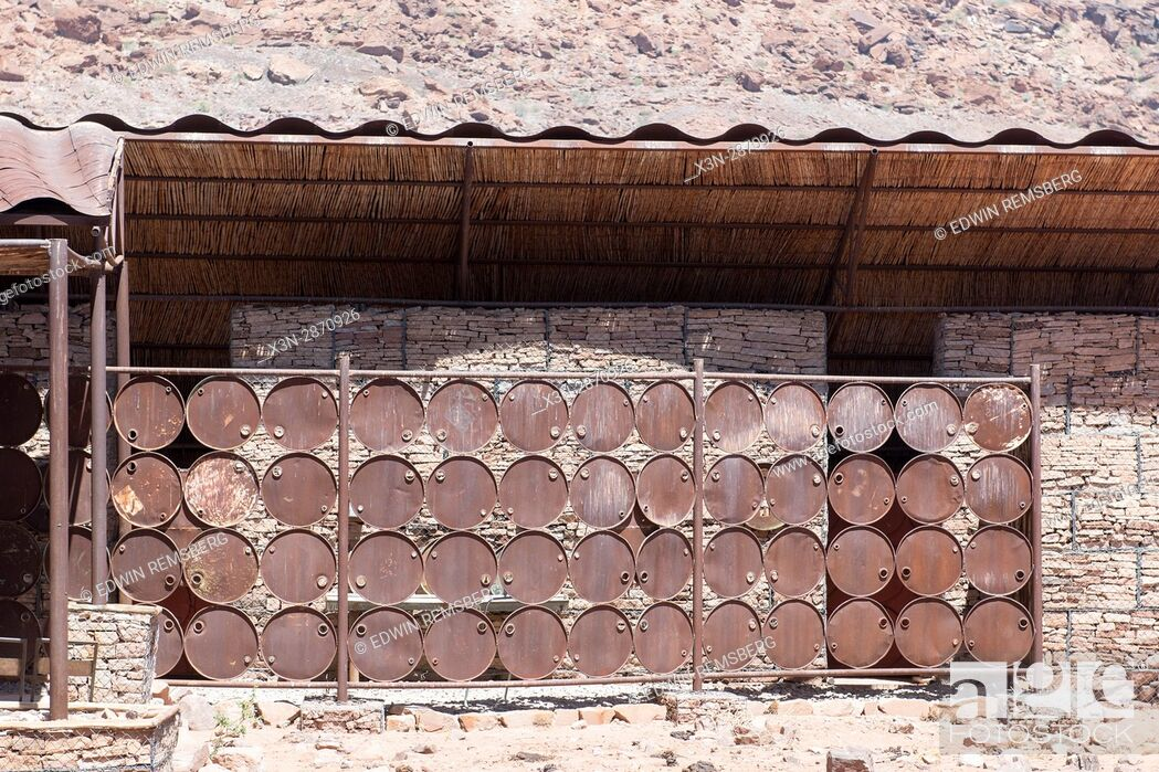 Imagen: Wall at the Damara Living Museum, located just north of Twyfelfontein in Namibia, Africa.
