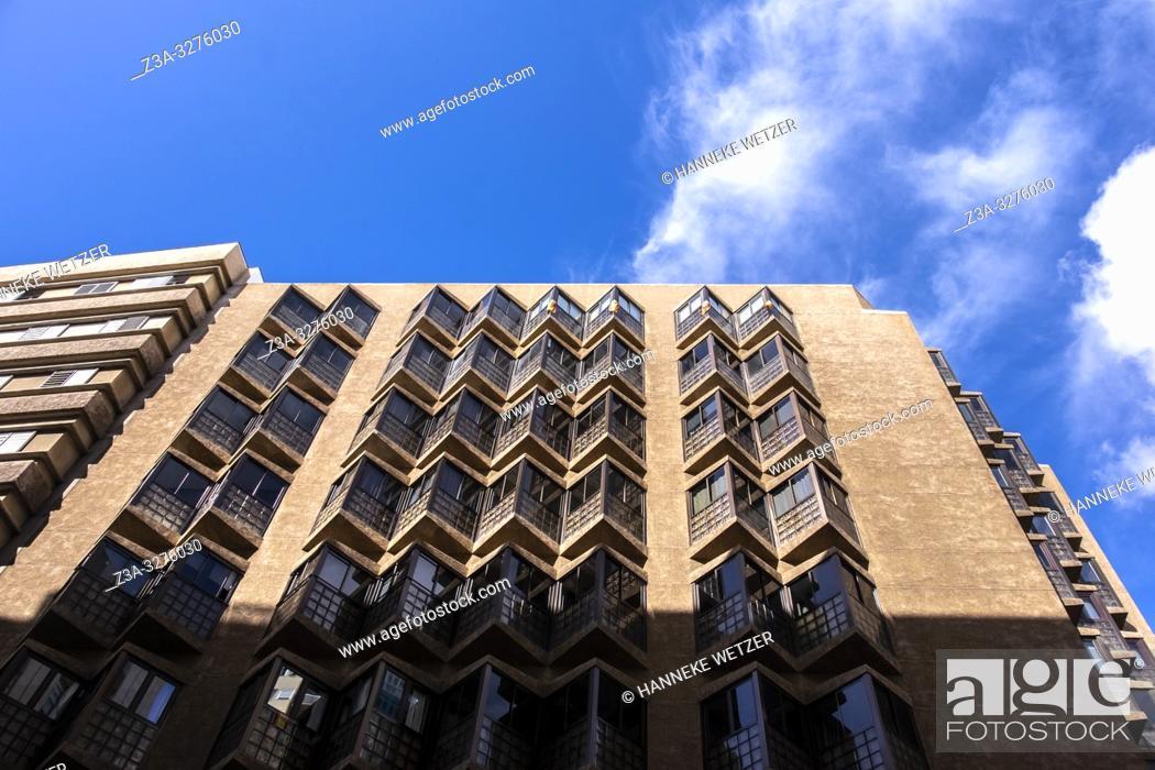 Imagen: Modern architecture in Las Palmas de Gran Canaria.