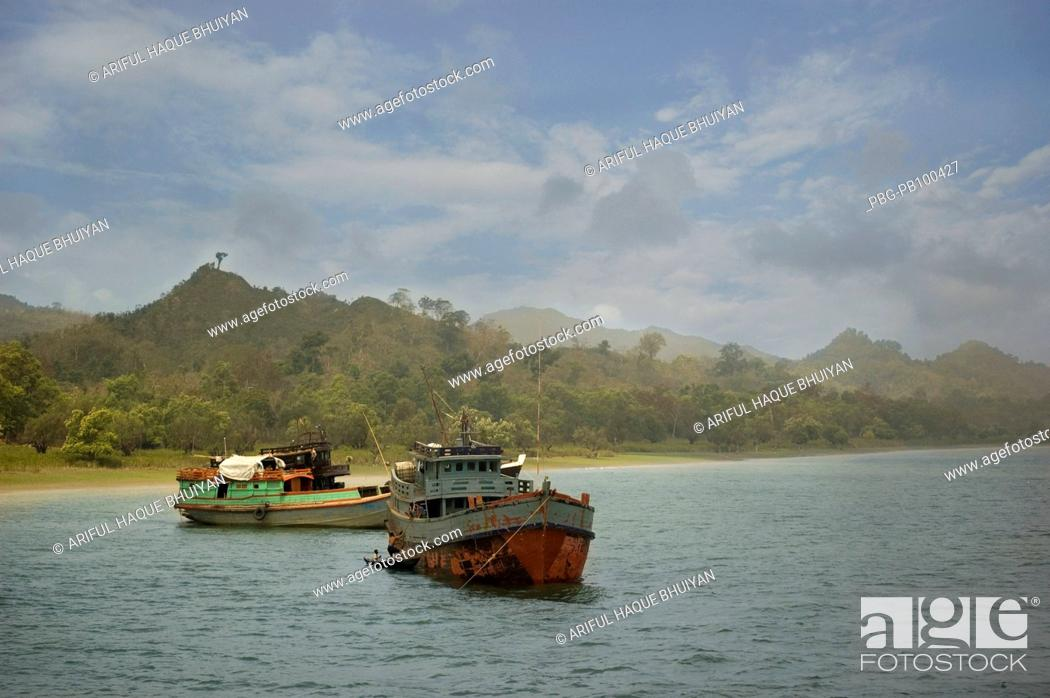 Stock Photo: Fishing boats at Saint Martin's Island at Teknaf in Cox's Bazar It is the only coral island of Bangladesh and one of the famous tourist destinations of the.