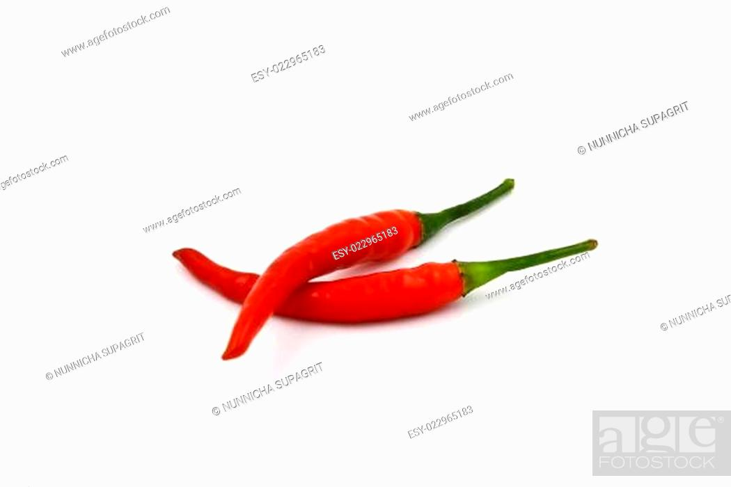 Imagen: Red hot chili pepper isolated on a white background.