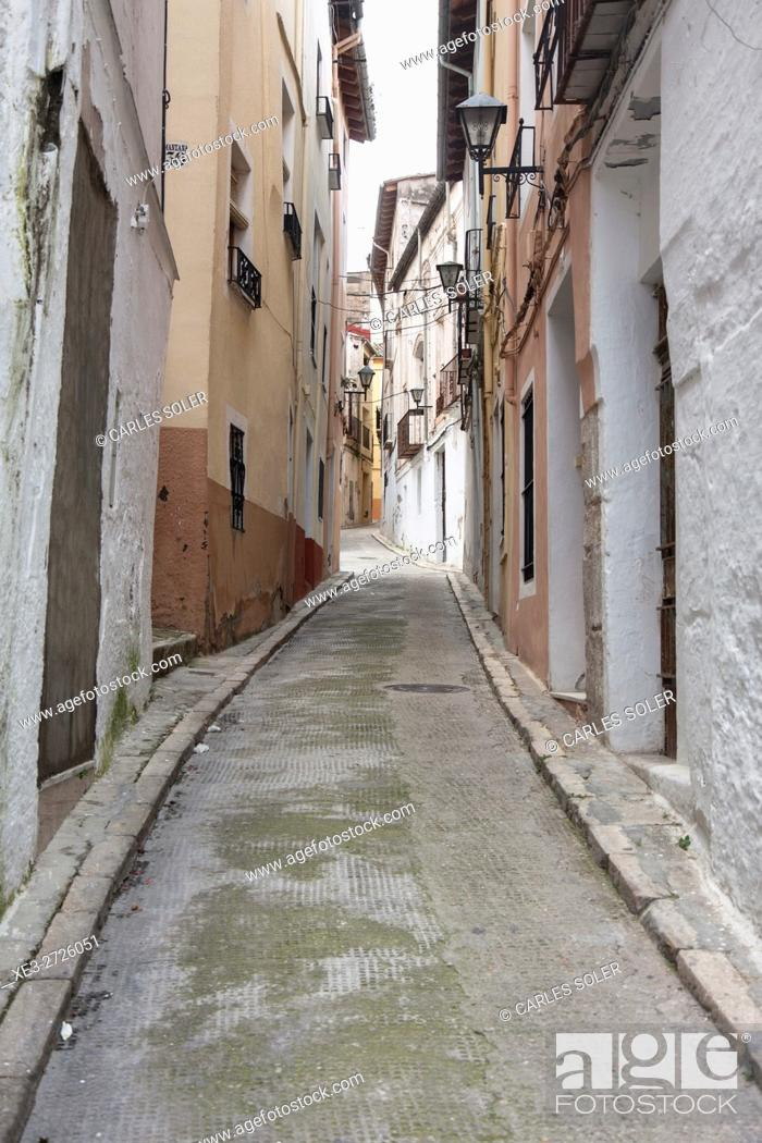 Imagen: Street in Ontinyent, Valencia Province, Spain.